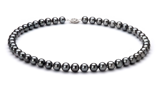 View Collier de perles d'eau douce noires collection